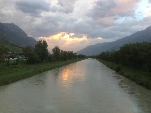 Le Rhône, tranquille seulement en apparence